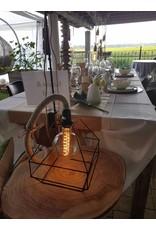 Un Esprit en Plus Linnen tafellamp met lampenkap