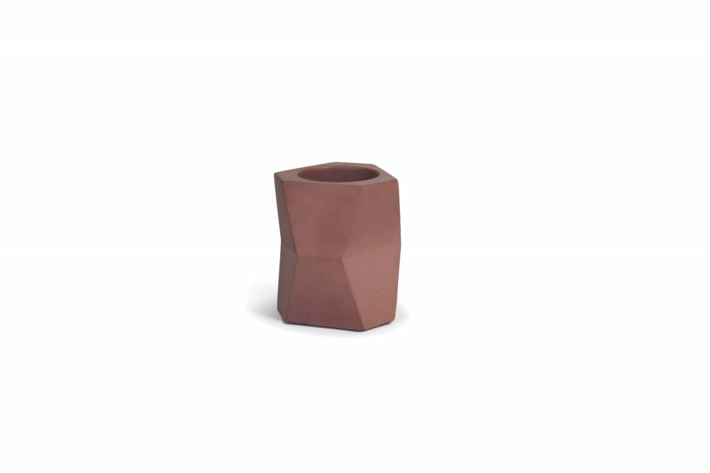 Atelier Pierre Facet Flower pot marsala bruin