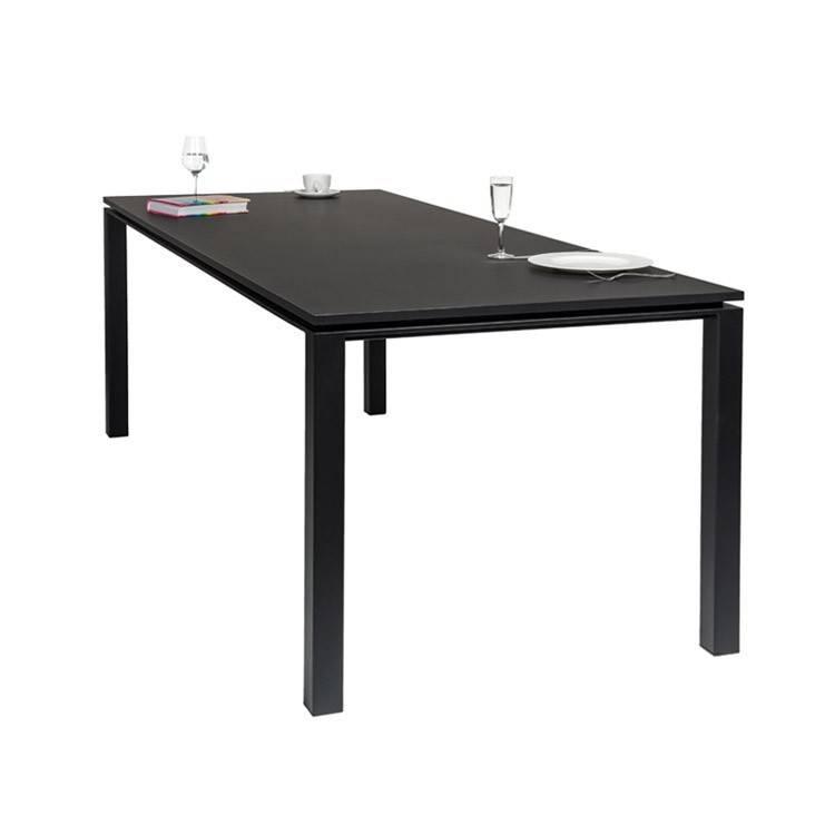La Boutique Blanche Dining table Metal