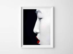 Lé Papiers de Ninon Poster Geish