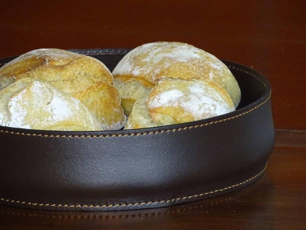 Midipy Bread basket leather