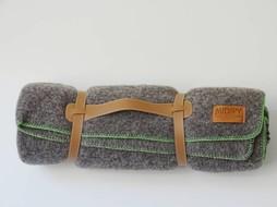 Midipy Throw Grey & Green 120 x180cm