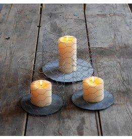 Un Esprit en Plus Set of 3 metal candleholders