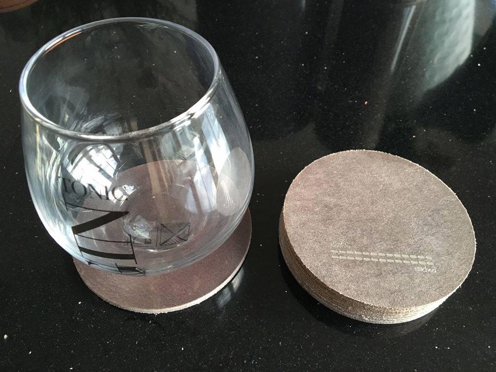 Double Stitched Lederen onderzetter rond grijs of cognac