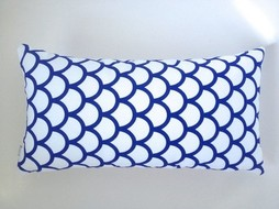 Made by Mimi Cushion white blue