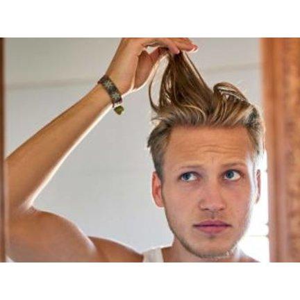 Men's oily scalp