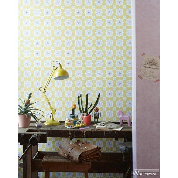 Noordwand Cozz Smile retro floral geel roze 61170-02