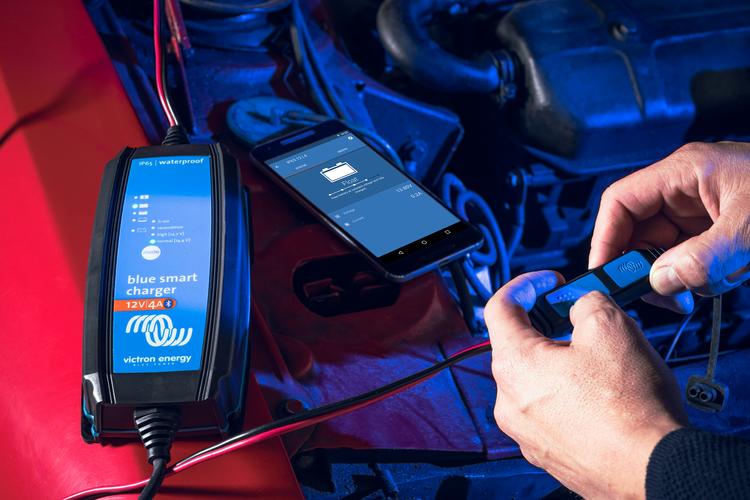 Batterie Ladegerät Blue Smart IP65