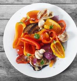 Oosterse noedels, groenten en biefstukreepjes