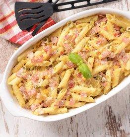 Macaroni met tonijn, courgette en kaassaus