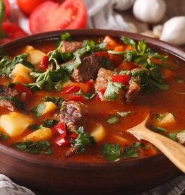Hongaars goulash met groenten & rijst
