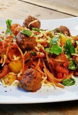 Spaghetti met gehaktsaus en pecorino kaas