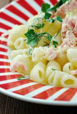 Fusili met kip, rauwe ham, groenten & Parmezaan