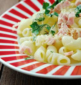 Fusili met kip, rauwe ham & groenten