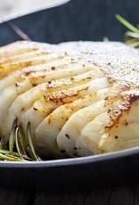 Kabeljauw in dillesaus met gekookte aardappel en sperzieboontjes
