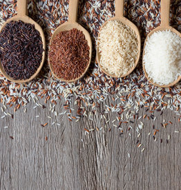 Indiase Biryani: rijst, kip cashewnoten & rozijnen