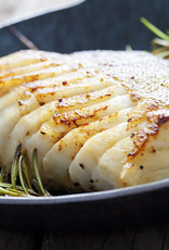 Kabeljauw met mieriksworteljus, aardappelpuree & romanesco bloemkool