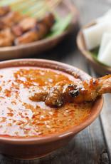 Ajam ketjap (kip) met nasi goreng & kroepoep