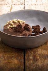 Chocolade bavarois met crumble van brownie