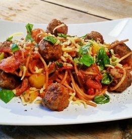 Spaghetti bolognese met groenten en kaas