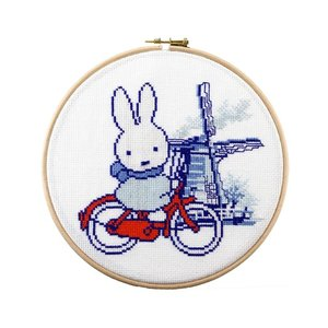 Pako Borduurpakket Nijntje op de fiets