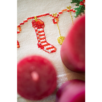 Vervaco Borduurpakket tafelkleed Kerstmotiefjes