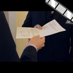 """Video """"Dokumente schreddern, einfach"""" szenisch"""