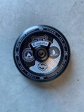 Striker Toni Castillo Wheels Black/White