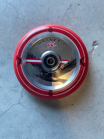 Striker Bgseakk Magnetit Wheels Red