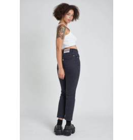 The Ragged Priest Gerade geschnittene Jeans in  washed black
