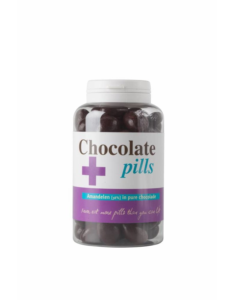 Chocolate pills with almond