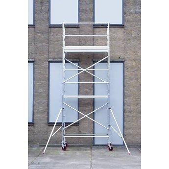Euroscaffold Basic-line rolsteiger 6,2 meter werkhoogte, 305cm platform met extra vloer - Copy - Copy