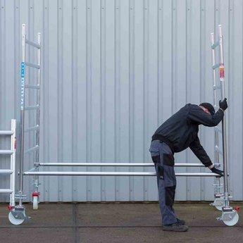 Euroscaffold Rolsteiger met dubbele voorloopleuning 135x190x4,2 meter werkhoogte