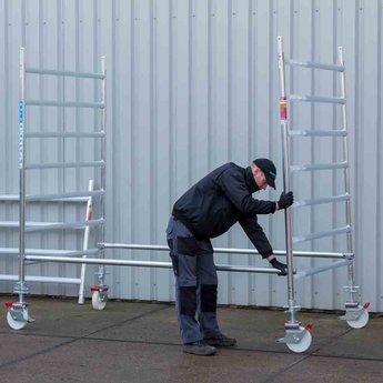Euroscaffold Rolsteiger met dubbele voorloopleuning 135x250x4,2 meter werkhoogte