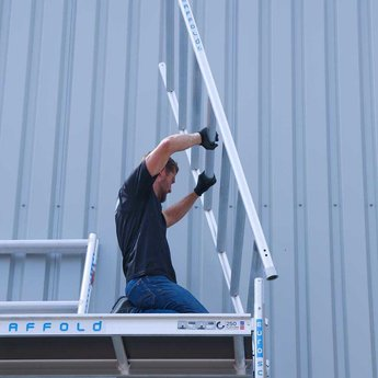 Euroscaffold Basic-line rolsteiger 90x305x10,2 meter werkhoogte, vloerlengte 305