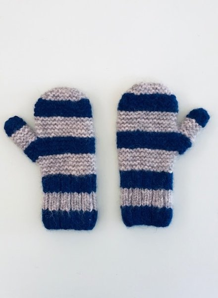 Aymara mittens Basile
