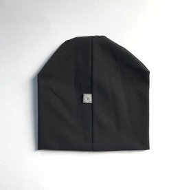Basic Black / newborn beanie / mutsje