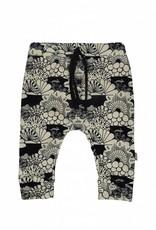Baggy broekje met tijdloze zwart-witte Japanse print