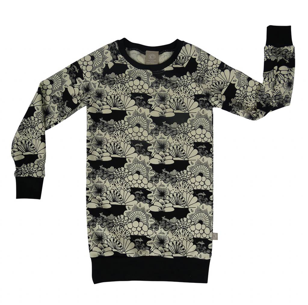 Sweater Dress met zwart-witte Japanse print