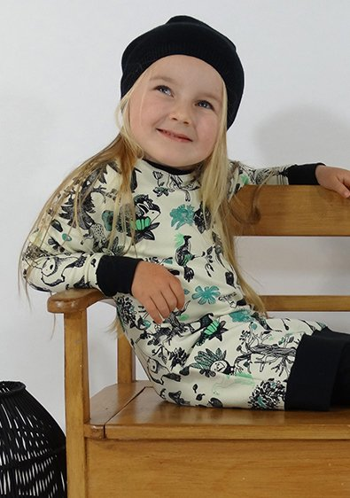 Warme sweater dress met verhaalprint. Leuk!