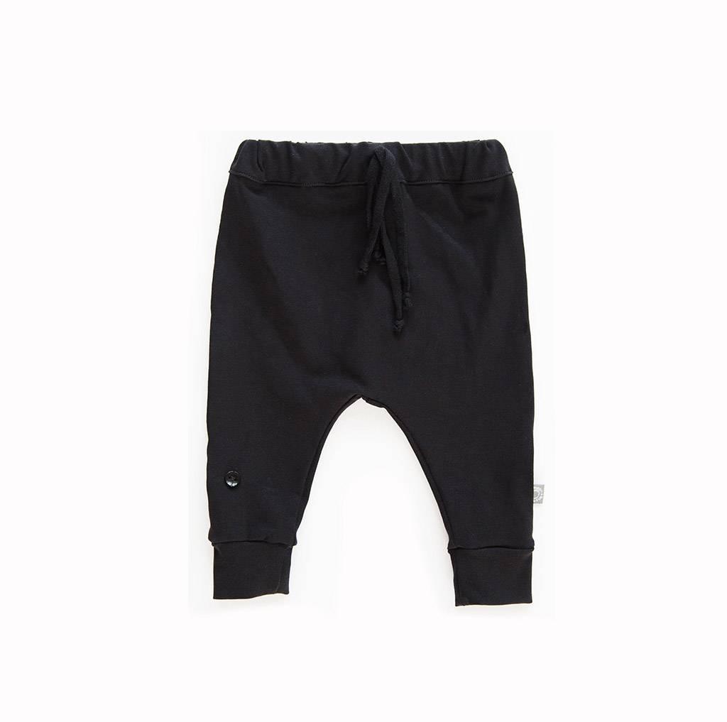 Warm baggy broekje in zwart - ideale basic