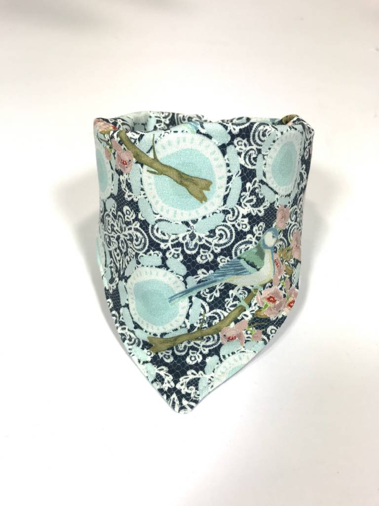 Slab bandana sjaal met lace print