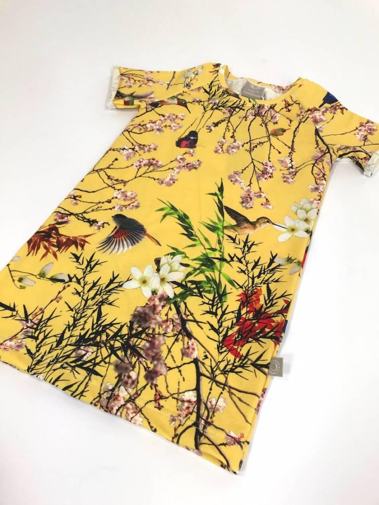 Jurk en tuniekje in één: tee dress met oosterse print