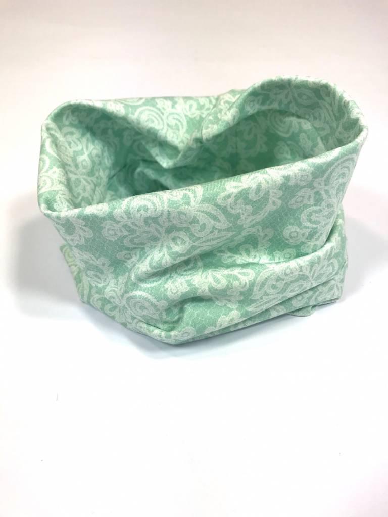 Mintkleurige colsjaal met lace print