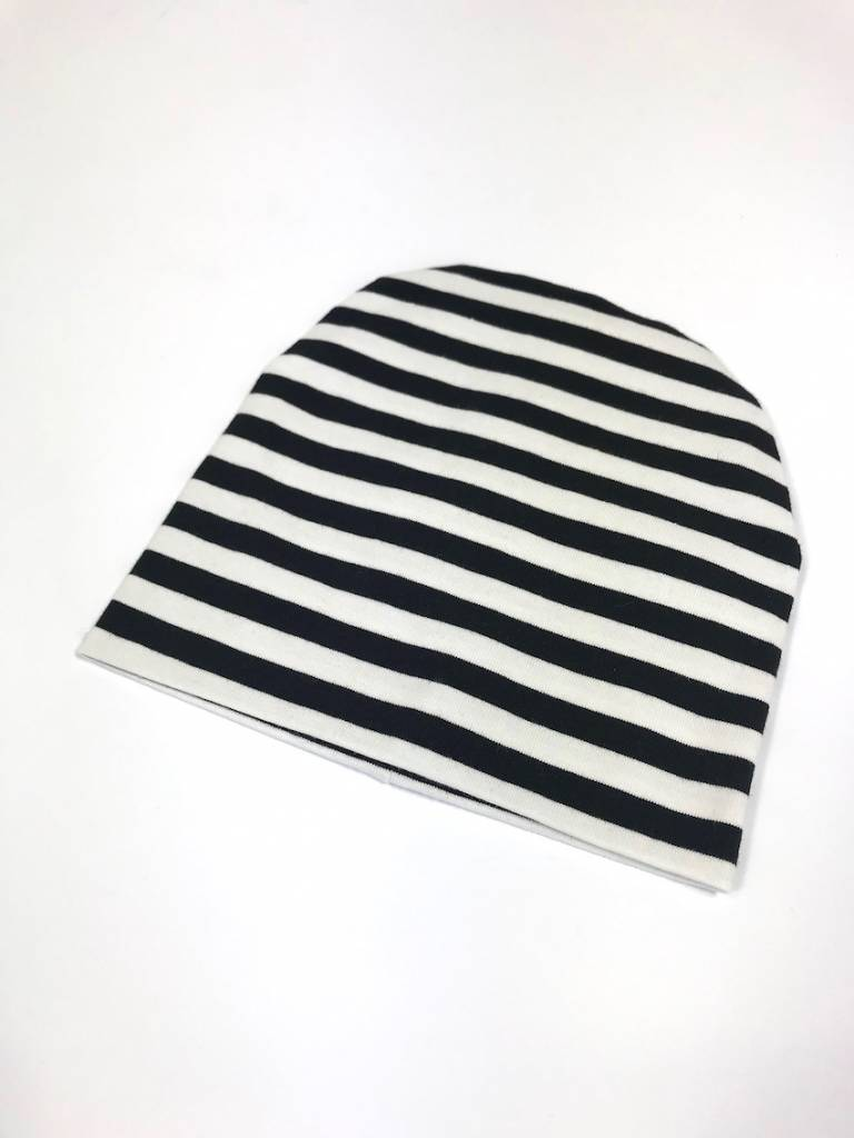 tinymoon Stripe black-white / newborn beanie / mutsje