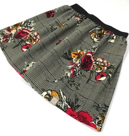 Rok - Checkered Rose