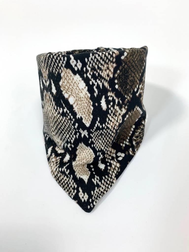 Bruine slab bandana met slangenprint