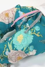 Haremblauw aquablauw met bloemen en vogels