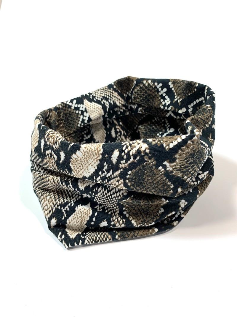 Bruine colsjaal met slangenprint