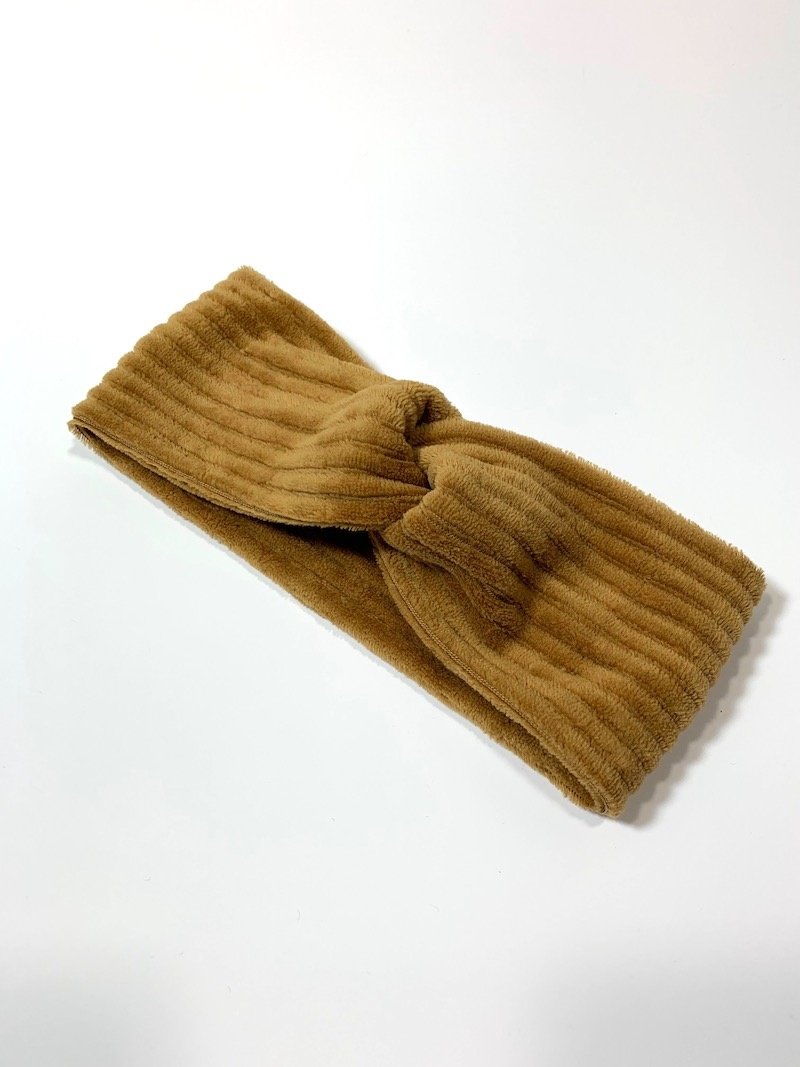 Camel turban haarband van brede rib